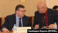 """Кандидатурата на Цацаров беше представена от депутата от """"Обединени патриоти"""" Емил Димитров"""