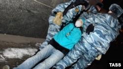 Образ милиционера в представлении российской молодежи - это скорее образ врага, нежели защитника