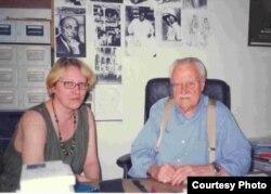 """Маруся Климова и автор """"Истории сюрреализма"""" Морис Надо (1911-2013)"""