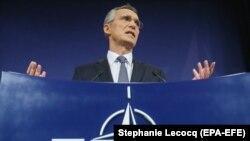 NATO-nyň baş sekretary Ýens Stoltenberg
