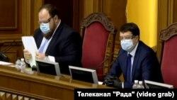 Керівництво парламенту: віцеспікер Руслан Стефанчук (л) і голова Верховної Ради Дмитро Разумков