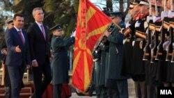 Jens Stoltenberg prilikom posete Skoplju u januaru ove godine