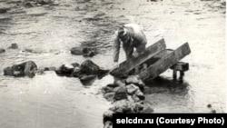 Ловля рыбы в старом шорском поселении