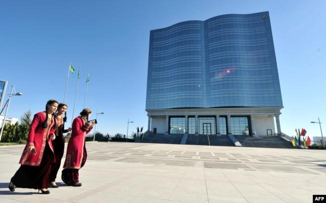 Türkmənistan, Aşqabad