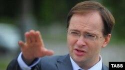 Ресейдің мәдениет министрі Владимир Мединский. 4 маусым 2012 жыл.