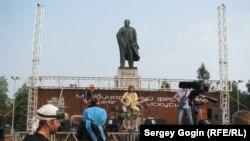 На площади Ленина проводятся и концерты