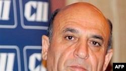 شائول موفاز با مقامات آمریکایی در مورد ایجاد دو کمیته کاری مشترک علیه ایران صحبت کرد.