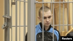 Дмитрий Коновалов в зале суда