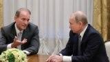 Голова політради «Опозиційна платформа – За життя» Віктор Медведчук на зустрічі із російським лідером Володимиром Путіним, липень 2019-го року
