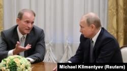 Виктор Медведчук и Владимир Путин обсуждают украинские вопросы в Санкт-Петербурге