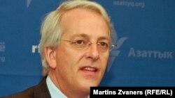 Посол США в НАТО Иво Даалдер