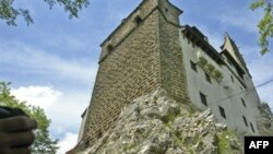 قصر دراکولا در ۲۰۰ کیلومتری شمال بخارست
