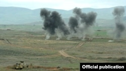 Nagorno-Karabakh - Karabakh Armenian soldiers hold military exercises.