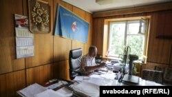 Генадзь Фядыніч у офісе прафсаюзу радыёэлектроннай прамысловасьці пасьля ператрусу