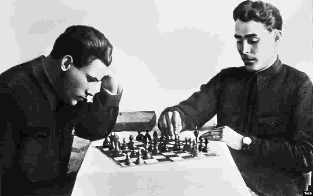 A heavily retouched photo of Leonid Brezhnev (right), who headed the Soviet Union from 1964-82, playing chess with a friend in the Ukrainian S.S.R. in 1935