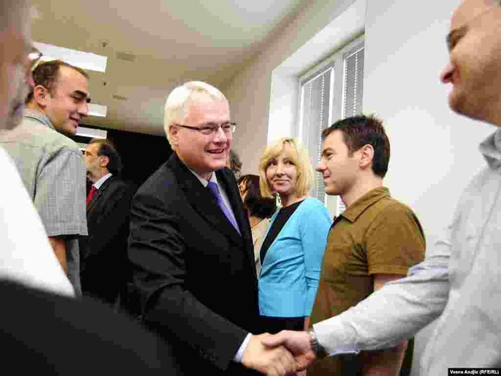 Hrvatski predsednik se drugog dana posete susreo sa predstavnicima Nevladinih organizacija, 19. jul 2010.
