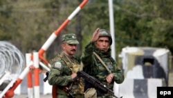 Russian soldiers at a checkpoint outside South Ossetia