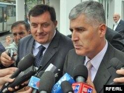 Lideri HDZ-a Dragan Čović i SNSD-a Milorad Dodik, fotografija iz 2009.