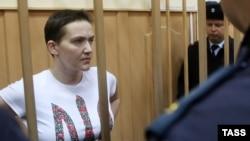 Надежда Савченко на заседании Басманного суда Москвы