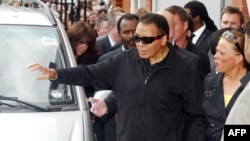 Muhamed Ali sa suprugom Jolandom 2009.