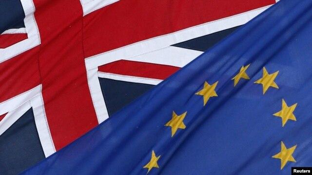 Zastave Velike Britanije i Evropske unije
