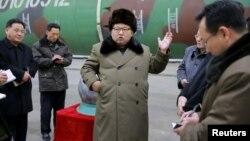 Лідер КНДР Кім Чен Ин на зустрічі з вченими