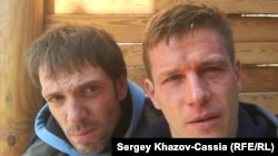 Корреспондент Сергей Хазов-Кассиа (справа) и оператор Андрей Костянов