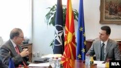 Премиерот Никола Груевски се сретна со заменик генералниот секретар на НАТО Алаксандар Вершбоу во Скопје.