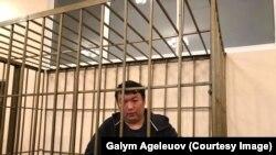 Активист Муратбек Тунгишбаев. Архивное фото.