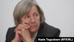 Нинель Фокина, председатель Алматинского Хельсинкского комитета. Алматы, 4 марта 2011 года.