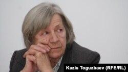 Алматыдағы Хельсинки комитетінің басшысы Нинель Фокина. Алматы, 4 наурыз 2011 жыл.