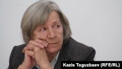 Нинель Фокина, Алматылық Хельсинки комитетінің төрайымы. Алматы, 4 наурыз 2011 жыл