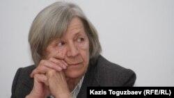 Председатель Алматинского Хельсинкского комитета Нинель Фокина. Алматы, 4 марта 2011 года.