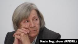 Алматыдағы Хельсинки комитеті төрайымы Нинель Фокина.