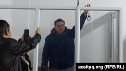 Жанболат Мамай сот залында тұр. Алматы, 11 ақпан 2017 жыл.
