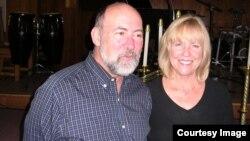 Пастор Стюард Бонд и его жена Синди