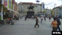 Zagreb, Trg bana Jelačića