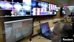 """Грузинское законодательство обязывает кабельных операторов строго придерживаться принципов """"маст керри"""" и """"маст оффер"""". Как утверждают в Национальной комиссии по коммуникациям, в рамках нынешней предвыборной кампании каких-либо жалоб на то, как действуют вышеуказанные принципы, не поступало"""