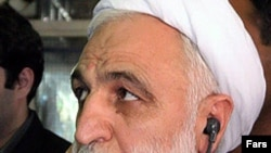 غلامحسین اژه ای می گوید اين مطلب صحت ندارد که ايران قصد دارد تبعه آمریکایی را با علیرضا عسگری، معاون سابق وزير دفاع مبادله کند.