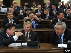 Парламент сессиясынан көрініс. Астана, 14 қаңтар 2011 жыл.