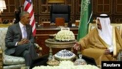 Президент США Барак Обама (слева) и король Саудовской Аравии Салман. Эр-Рияд, 20 апреля 2016 года.