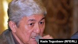 Толеген Жукеева, оппозиционный политик, бывший заместитель председателя Совбеза Казахстана.