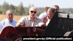 Аляксандар Лукашэнка падчас рабочай паездкі ў Магілёўскую вобласьць