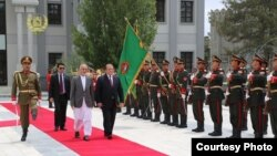 Pakistan Prime Minister Nawaz Sharif at the Afghan presidential palace in Kabul on 12 May.