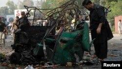 Pamje pas një sulmi të mëparshëm në Pakistan
