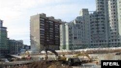 Уплотнительная застройка и тысячи обманутых дольщиков - такие ассоциации вызывает у россиян строительный бизнес