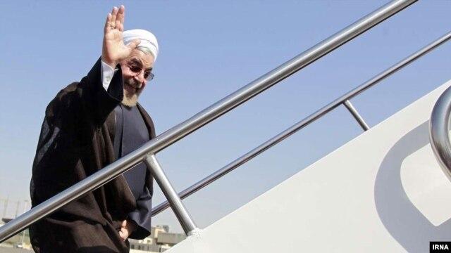 Президент Ирана Хасан Рухани прибыл с официальным визитом в Душанбе