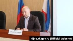 Голова Нижньогірського району Олександр Петров