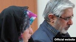 میرحسین موسوی و زهرا رهنورد از زمستان ۱۳۸۹ در حصر به سر میبرند.