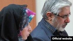Mir Hossein Mousavi and Zahra Rahnavard: kaleme.com, 11 Feb 2013